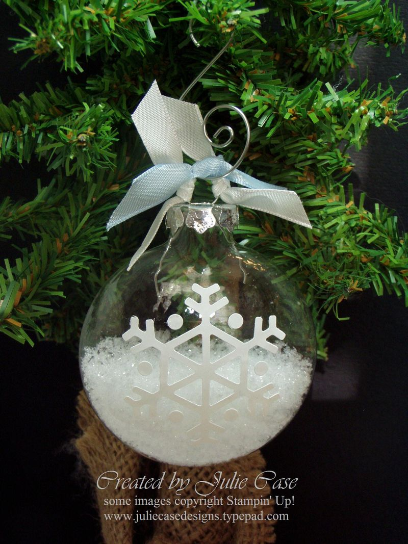 Glass Ornament snow & vinyl